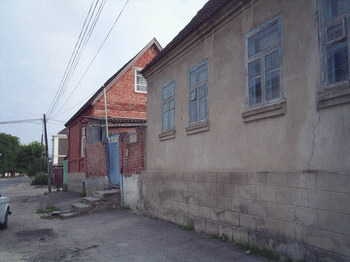 ne-zhenites-na-etih-devushek-nalchika-shpilit-russkuyu-babu